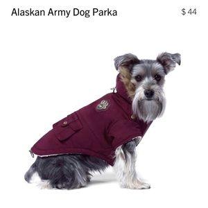 """Canada Pooch Alaskan Army Dog Parka NEW size 10"""""""